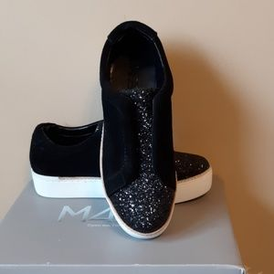 CLEARANCE M4D3 LEATHER SNEAKERS SZ: 8